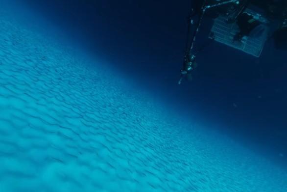 Κατάδυση στο βυθό της Ανταρκτικής (video)