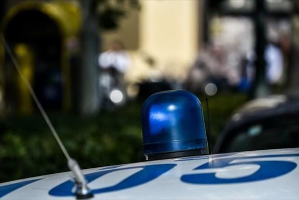 Αχαΐα: Kυκλοφορούσε με κλεμμένο αυτοκίνητο και με κρατικές πινακίδες