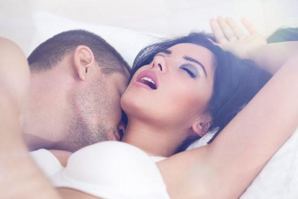 Οι πιο δυνατοί συνδυασμοί ζωδίων για «καυτό» σεξ