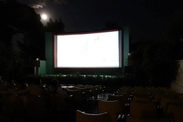 Με ένα έργο-σταθμό για τον κινηματογράφο συνεχίζονται οι υπαίθριες προβολές στην Πάτρα!