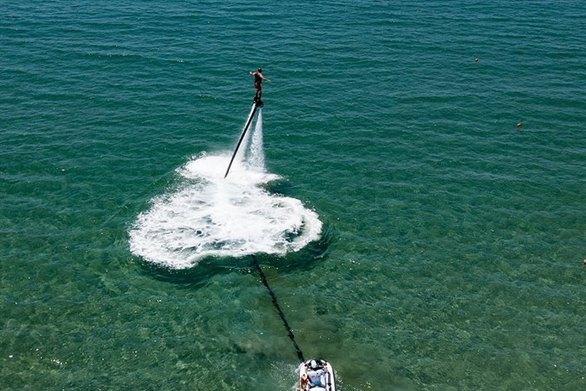 Γίνε Iron Man στην Καλόγρια - Η ατραξιόν της παραλίας! (φωτο)