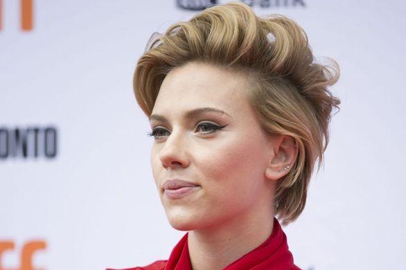 Η Scarlett Johansson δεν θα υποδυθεί τελικά έναν τρανς άνδρα!