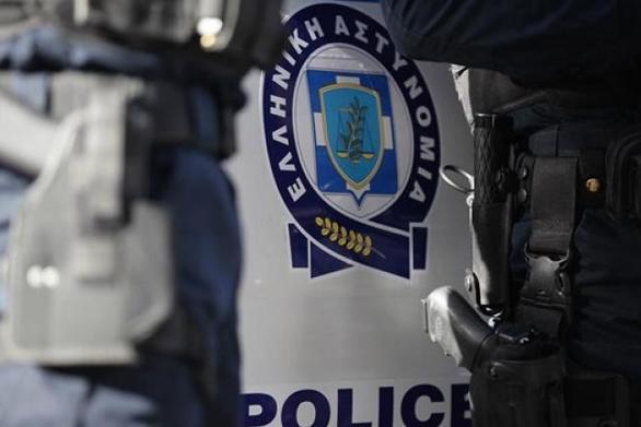 Πάτρα - Ακινητοποιήθηκε ο 62χρονος που απειλούσε να αυτοκτονήσει στην Αγυιά