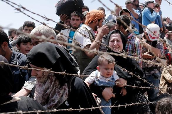 """Deutcshe Welle: """"Εγκλωβισμένοι"""" πρόσφυγες στα Βαλκάνια"""