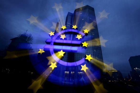 Ανησυχία από την απότομη πτώση του ευρώ