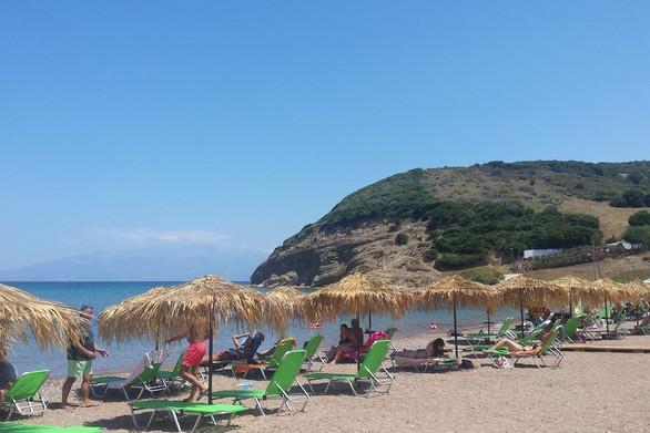 Αχαΐα - Μπανάκι στις παραλίες της Λακκόπετρας (pics)