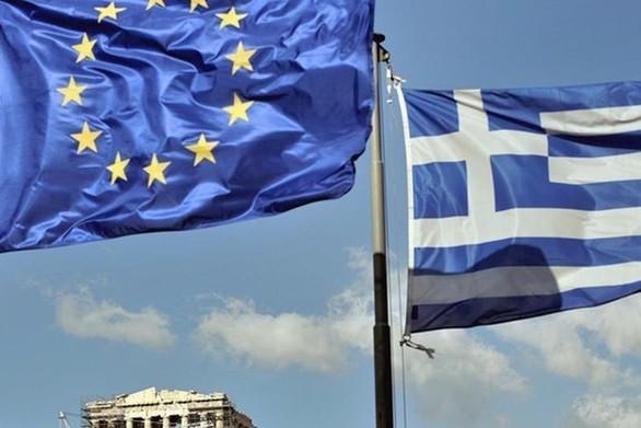 Le Monde: Oι οικονομικοί δείκτες στην Ελλάδα τείνουν να βελτιώνονται
