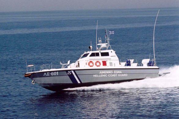 Αχαΐα: Το Λιμενικό εντόπισε ακυβέρνητο σκάφος