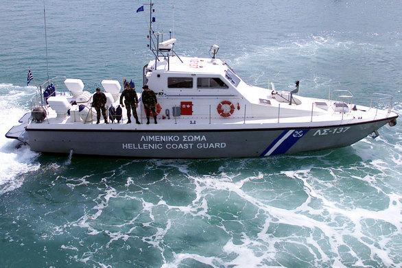 Ναυπηγεία Ελευσίνας: Ημιβυθίστηκε τμήμα πλωτής δεξαμενής
