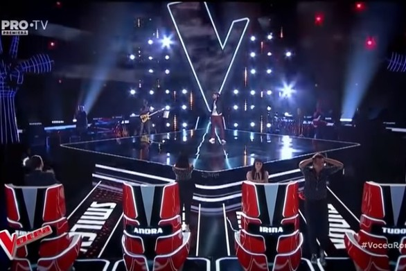 The Voice Ρουμανίας - Τραγούδησε το Earth Song του Michael Jackson και αποθεώθηκε (video)