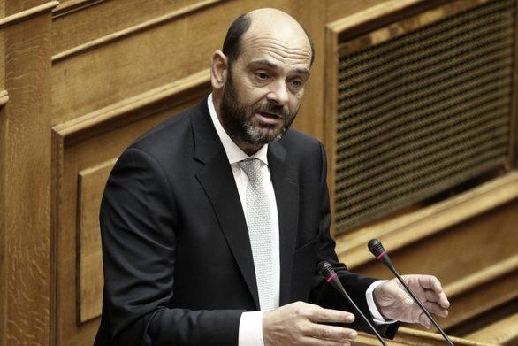 """Ι. Φωτήλας: """"Αδιανόητο δημοσιογράφος δημόσιου ΜΜΕ να χυδαιολογεί κατά πολιτικού αρχηγού"""" (video)"""