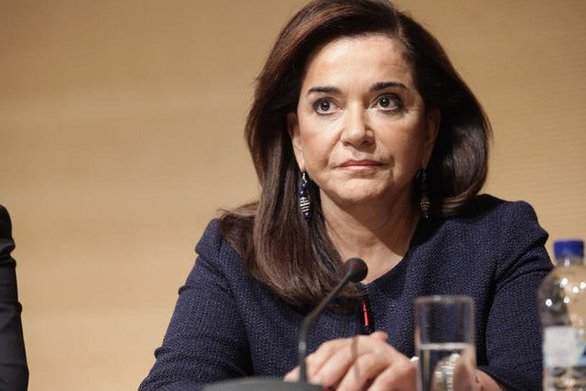 """Ντόρα Μπακογιάννη: """"Οι καρέκλες της εξουσίας είναι ο μόνος συνεκτικός κρίκος της κυβέρνησης"""""""