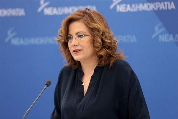 """Μαρία Σπυράκη: """"Η συμφωνία των Πρεσπών βρίσκεται «στον αέρα»"""""""