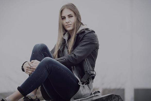 Κατερίνα Δαλάκα: «Στο Survivor έφαγα δηλητηριώδη φασολάκια»