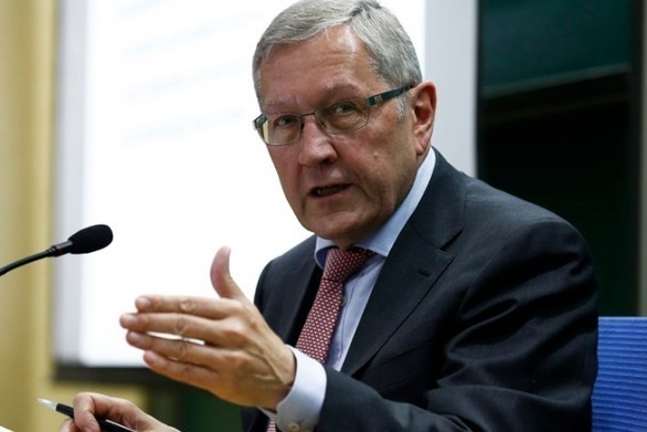 """Κλάους Ρέγκλινγκ: """"Δεν συντρέχει κίνδυνος η Ρώμη να απολέσει την πρόσβαση στις αγορές"""""""
