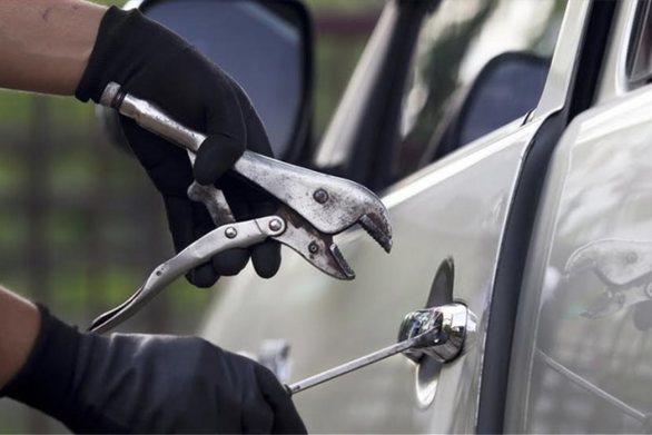 Κάτω Αχαΐα: Χειροπέδες σε 41χρονο για διάπραξη κλοπών σε οχήματα