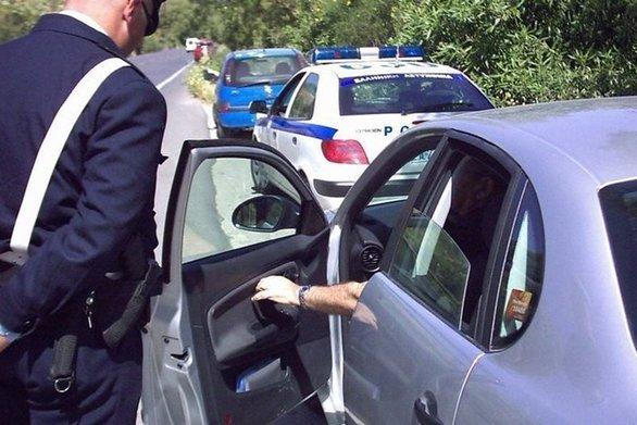 Αιτωλοακαρνανία: Οδηγούσαν χωρίς να διαθέτουν άδεια