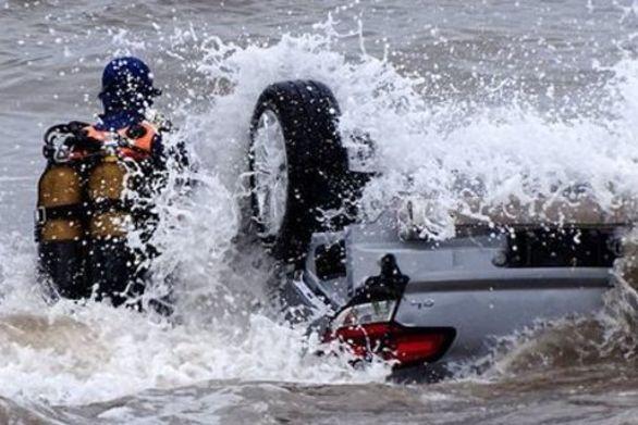 Γαλλία: Δύο άνθρωποι πνίγηκαν λόγω της καταρρακτώδους βροχής