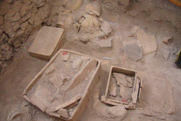 Εντυπωσιάζει ανασκαφή στη Σαντορίνη