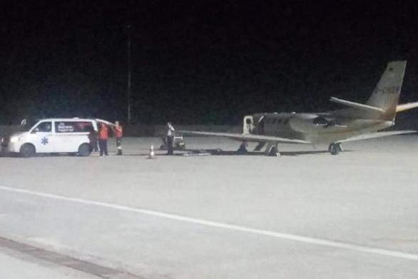 Αεροδιακομιδή ασθενούς από το αεροδρόμιο του Αράξου στο Μάντσεστερ (pics)
