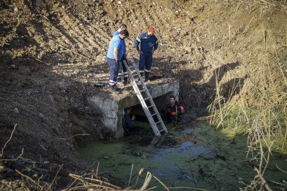 Πρέβεζα: Έρευνες της ΕΜΑΚ στην τάφρο που βρέθηκε το κρανίο