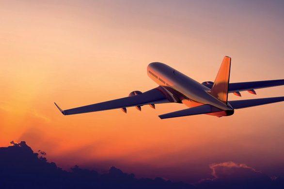Πως να κλείσετε φθηνά αεροπορικά εισιτήρια για τα Χριστούγεννα