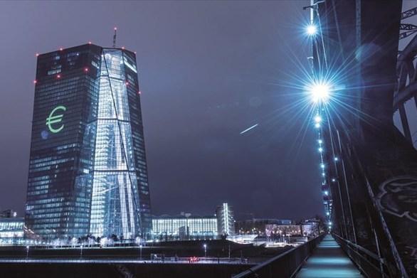 Οι τρεις μεγάλοι κίνδυνοι για τις τράπεζες της Ευρωζώνης