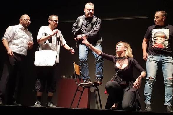 Μια ακόμα επιτυχία της ερασιτεχνικής θεατρικής ομάδας ΘΕΑΤΡόPolice (φωτο)