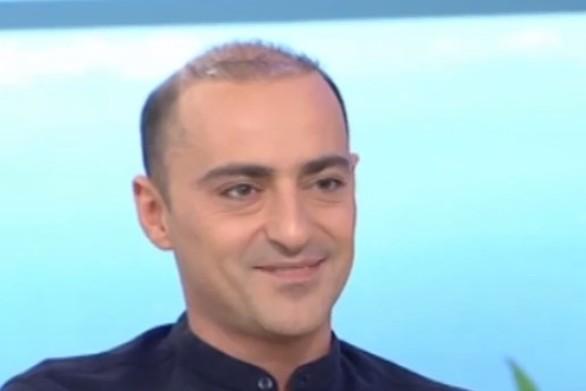 """Θανάσης Αλευράς: """"Τρώγαμε ένα πεϊνιρλί στα δύο με τη Σοφία Φαραζή"""" (video)"""
