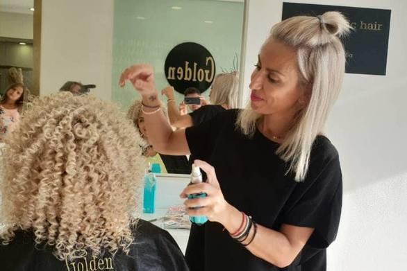 Ελπίδα Μαστροκάλου - Η Πατρινή hairstylist μιλάει για το look που σαγηνεύει τη φετινή σεζόν!