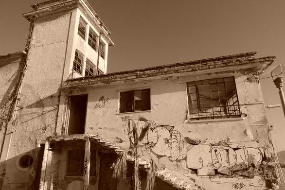 Παίρνουν και πάλι ζωή δύο πρώην βιομηχανικά κτίρια της Αχαΐας