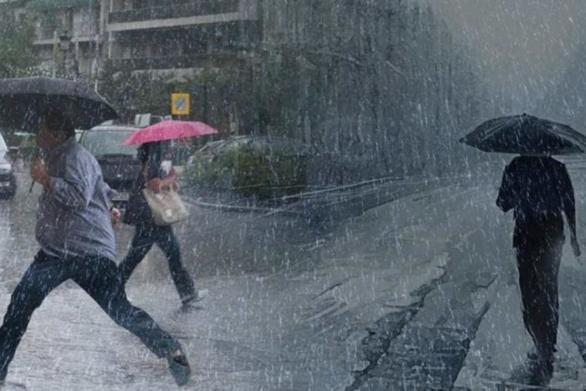 Καταρρακτώδεις βροχές σαρώνουν την Κύπρο