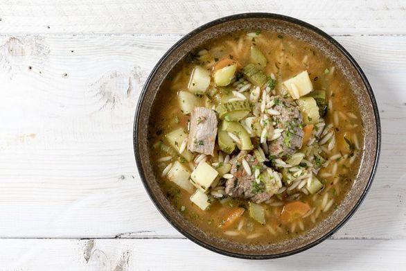 Συνταγή για κρεατόσουπα με κριθαράκι