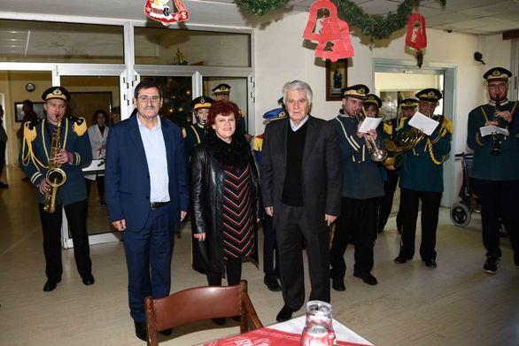 Ο Κώστας Πελετίδης και η Κατερίνα Γεροπαναγιώτη επισκέφθηκαν ιδρύματα της Πάτρας (φωτο)