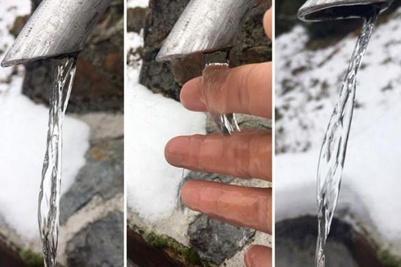 Οφθαλμαπάτη με τρεχούμενο νερό που μοιάζει παγωμένο (video)