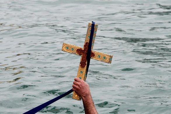 """Γεώργιος Καρυώτης: """"Ο εορτασμός των Θεοφανείων να φωτίσει τις καρδιές όλων"""""""