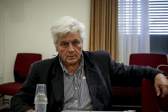 """Θ. Παπαχριστόπουλος: """"Δεν θα παραδώσω την έδρα μου αν με διαγράψει ο Καμμένος"""" (video)"""