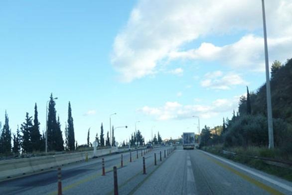 Κανονικά διεξάγεται η κυκλοφορία των οχημάτων στην Παλαιά Εθνική Οδό Πατρών - Κορίνθου