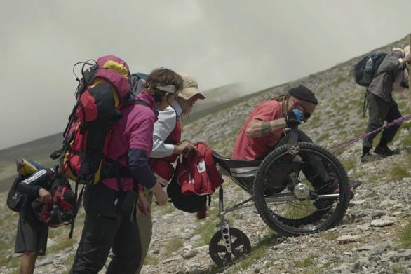"""Διαγωνισμός: Το Patrasevents.gr σας στέλνει στην προβολή της ταινίας """"Back to the Top"""" στο Πάνθεον!"""