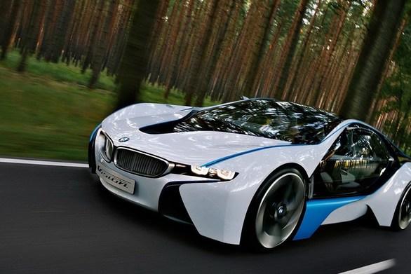 BMW: Παρέδωσε πάνω από 140.000 ηλεκτρικά και plug-in υβριδικά οχήματα