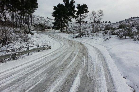 Δυτική Ελλάδα: Σε ποιους δρόμους έχει διακοπεί η κυκλοφορία των οχημάτων