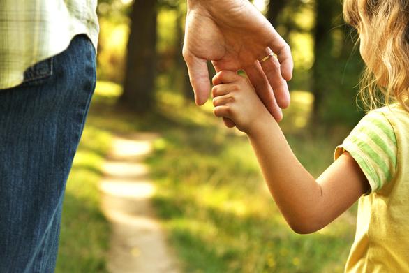 Μέχρι σήμερα οι αιτήσεις για το επίδομα παιδιού