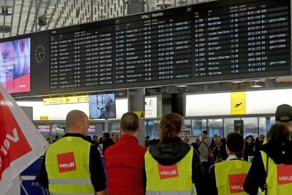 Γερμανία: Σε απεργιακό χάος τα αεροδρόμια