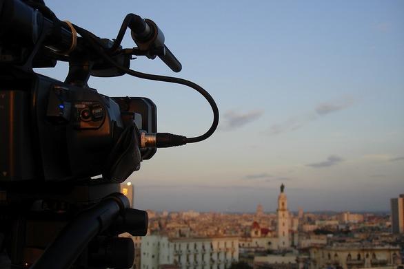 """Η Πάτρα κάνει """"πρεμιέρα"""" στο Διεθνές Φεστιβάλ Ντοκιμαντέρ Πελοποννήσου!"""