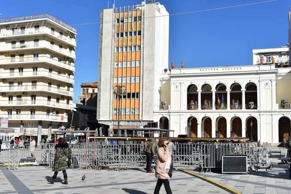 Πάτρα - Κορυφώνονται οι εργασίες στην πλατεία Γεωργίου για την τελετή έναρξης