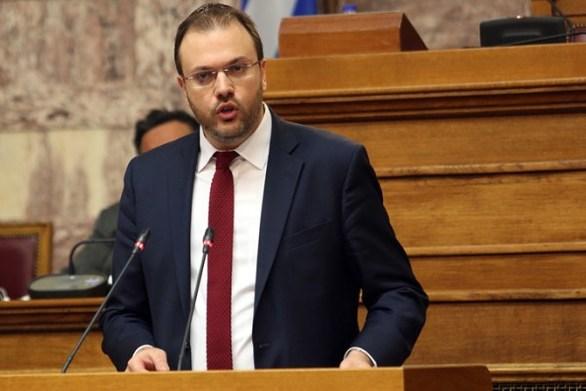 """Θανάσης Θεοχαρόπουλος: """"Πολιτικά ακατανόητη η συμπεριφορά της Φώφης Γεννηματά"""""""
