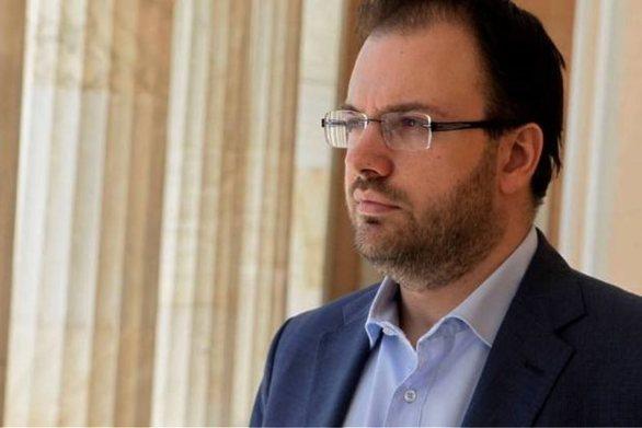"""Θανάσης Θεοχαρόπουλος: """"Παραμένω σε επαφή με Παπανδρέου και Θεοδωράκη"""""""