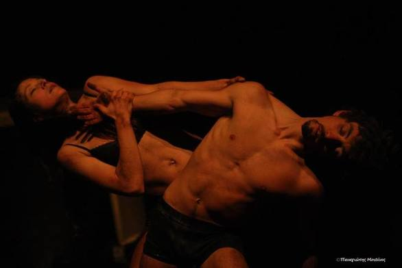 """Exodos"" - Μια παράσταση που έκλεψε τις εντυπώσεις στην Πάτρα"
