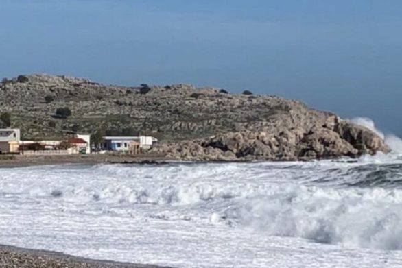 Υποχωρεί σταδιακά η κακοκαιρία - Περιορίζεται στο Νότιο Αιγαίο