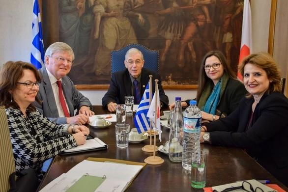 Ολοκληρώθηκαν οι επαφές των εκπροσώπων της Δ.Ο.Ε.Σ. με τον Πρόεδρο του Ελληνικού Ερυθρού Σταυρού